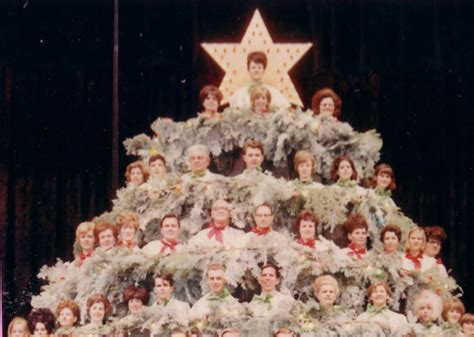 past pictures of singing christmas in sacramento history the singing tree