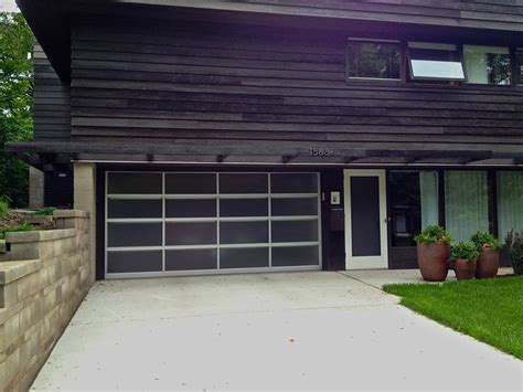 Mid Century Modern Garage Doors by Pin By Clopay Garage Doors And Entry Doors On Glass Garage Doors Pi