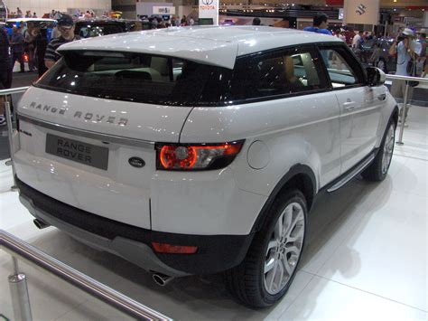 range rover evoque back updated undestroyed car destroyed on delivery dent
