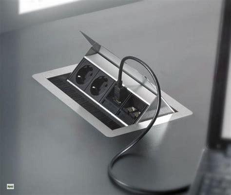 schreibtisch steckdose evoline flip top schreibtisch einbausteckdose 3x schuko
