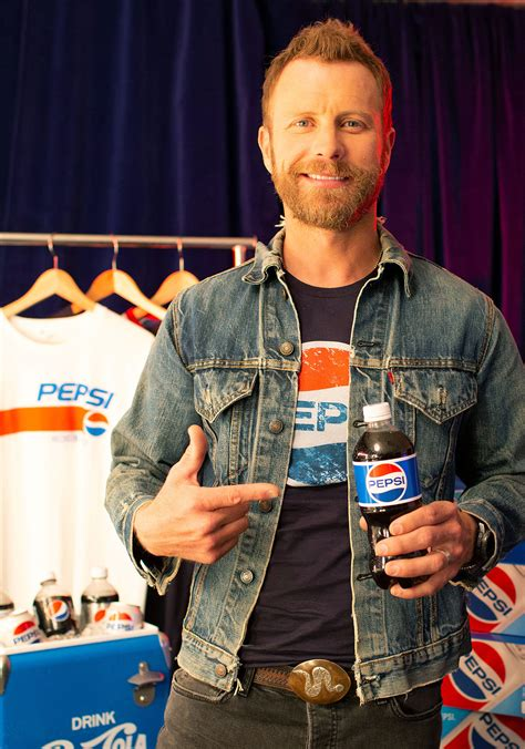dierks bentley family dierks bentley dishes on his favorite family traditions