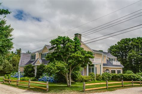 cape cod house with homeaway