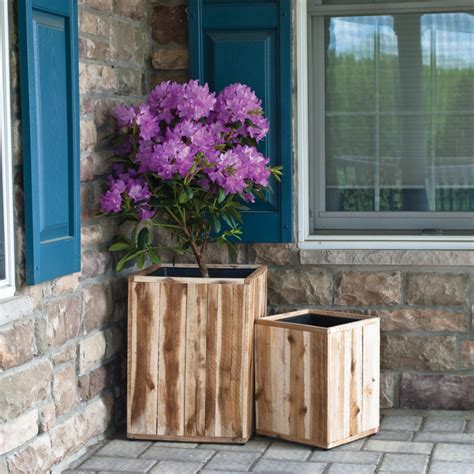 Provence Planters by Provence 15 75 In And 11 75 In Square Patio Planter