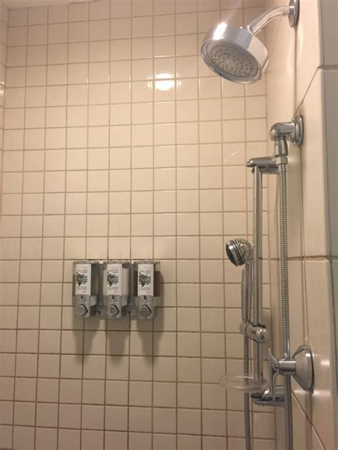 Shower Jfk by American Airlines Flagship Lounge New York Jfk Review