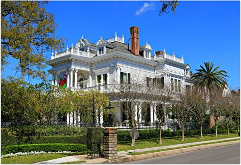 wedding cake house new orleans new orleans homes and neighborhoods 187 new orleans mansions