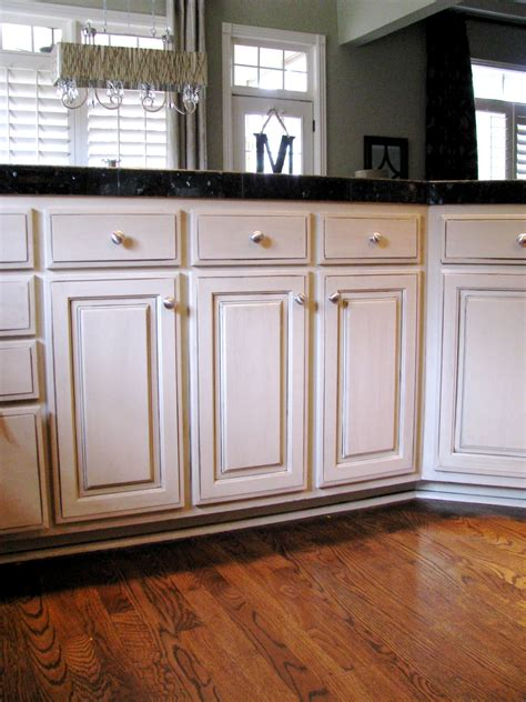Cream With Chocolate Glaze Cabinets White Kitchen Cabinets With Glaze