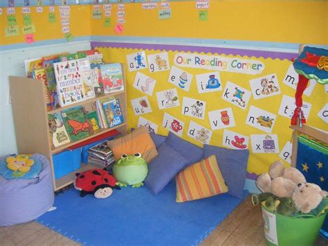 reading corner 25 best ideas about preschool library center on pinterest