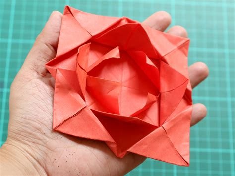 Easy Folding Paper - how to fold a simple origami flower 12 steps with pictures