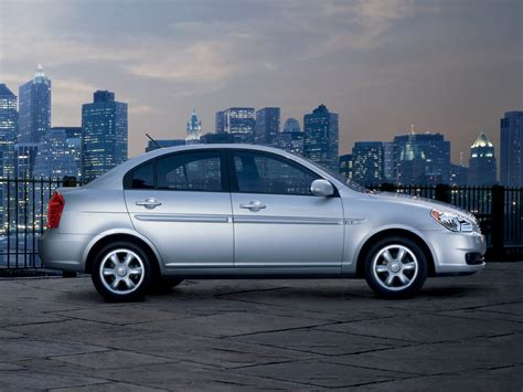 2010 hyundai accent price 2010 hyundai accent price photos reviews features