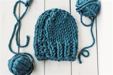 knitting pattern bulky yarn hat cozy bulky knit hat allfreeknitting com
