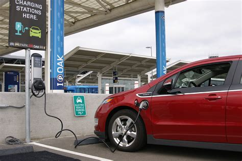 electric cars charging gigaom coulomb powers up with 47 5m for electric car
