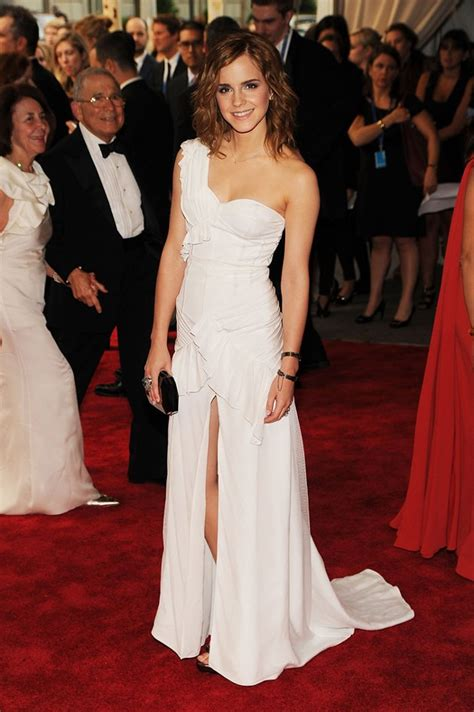 emma watson red carpet dresses emma watson fashion an artist at heart