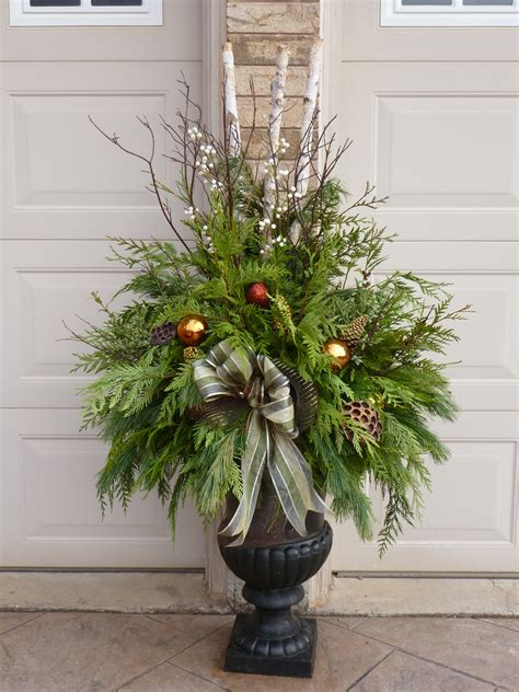 christmas planter by ana mateus my outdoor planters