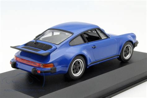 porsche 930 turbo blue porsche 911 930 turbo 3 0 arrow blue ca04316028