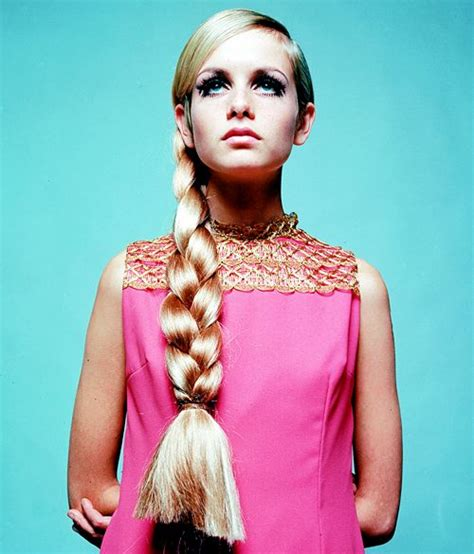 Pink Twiggie Slip On Murah 1000 images about twiggy on terry o quinn the 1960s and eyelashes