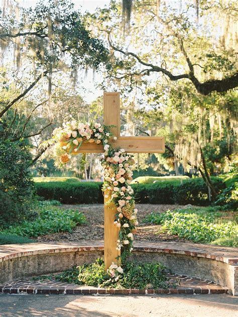 25  best ideas about Wedding Cross on Pinterest   Church