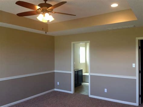 perfect two tone paint ideas and 2016 living room best ideas for painting walls with two colors house design