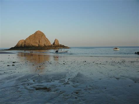 Shape Of House by File Fujairah Beach Pict 5 Jpg Wikimedia Commons