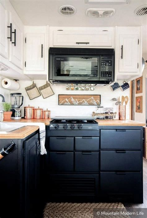 2 tone kitchen cabinets two tone kitchen cabinets to inspire your redesign