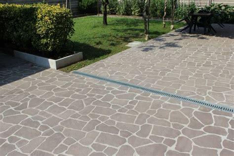 pavimento cemento esterno pavimenti per esterni quale scegliere go photo