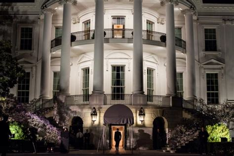 obama home renting white house would cost obama 1 8 million a month