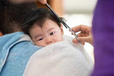 Catokan Rambut Yang Kecil bunda ini cara memotong rambut si kecil yang aman alodokter