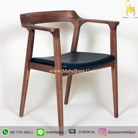 Meja Kursi Plastik Untuk Cafe kursi cafe minimalis oscar jepara mebel jaya jepara