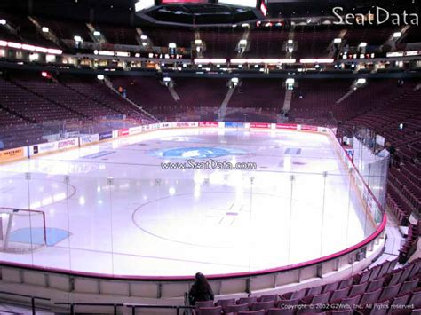 club section rogers arena rogers arena section 121 vancouver canucks