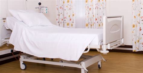 hospital bed pillows disposable gowns manufacturers disposable gowns