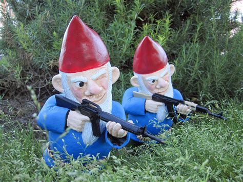 garden gnome with gun