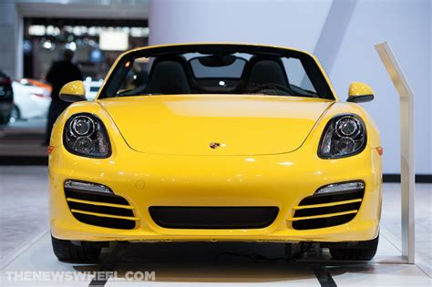 cars with best visibility consumer reports lists best and worst 2014 cars for