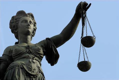 ufficio pubblico ministero differenza tra giudice e magistrato qual 232 la differenza tra