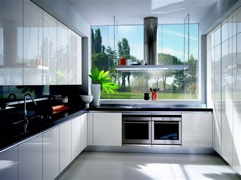 white gloss lacquer kitchen cabinets design  ernestomeda