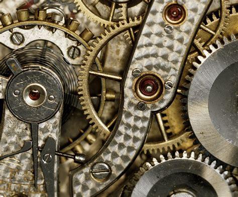 mechanical watch wikipedia archivo innards of an ai 139a mechanical watch jpg