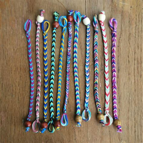 quick  easy diy friendship bracelet allfreejewelrymakingcom