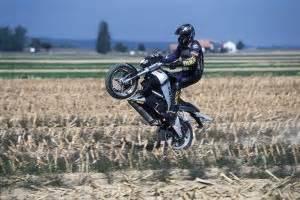 Motorrad Stuntshow österreich by Wheeling Team Rainer Schwarz Stuntshow Stunt Event Action