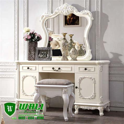 Kebaya Kutubaru Mahoni Semi Italy Premium meja rias putih ukiran mewah elegan mebel jepara wali furniture