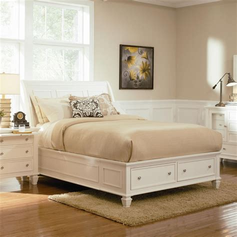 Coaster 201309q White Queen Size Wood Bed Steal A Sofa Furniture Outlet Los Angeles Ca