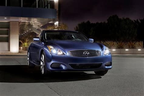 infiniti  coupe review top speed
