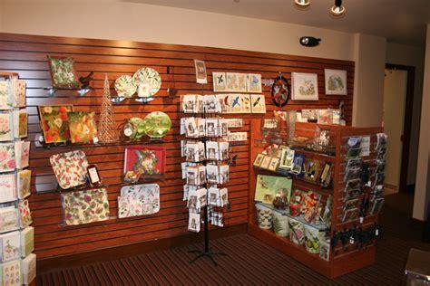gift shop shelving store fixtures  retail displays