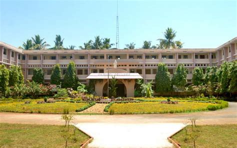 Mba Colleges In Thrissur District by College For Mala Thrissur Kerala Mala Co In