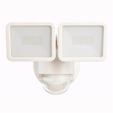 defiant 180 degree outdoor white motion security light manual defiant 180 degree white motion activated outdoor