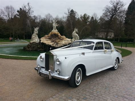wedding rolls royce rolls royce silver cloud wedding car hire