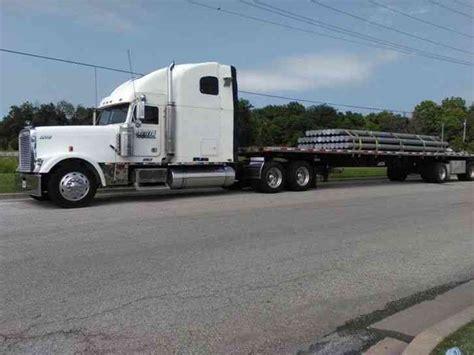 Semi Truck Condo Sleeper by Freightliner Classic Xl 2000 Sleeper Semi Trucks