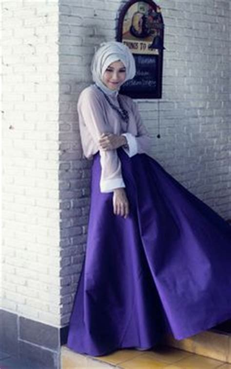 Setelan Blouse Dan Maxi Skirt Nagia Set styles on hijabs styles and turban style