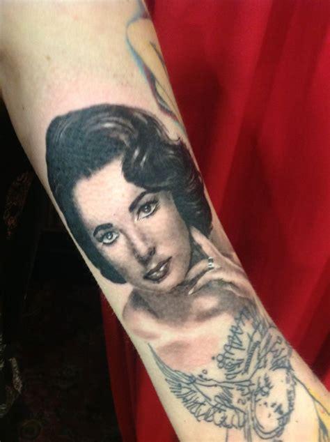 elizabeth tattoo portrait of elizabeth in black and grey
