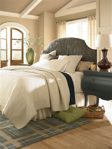 hgtv headboards 17 best images about hgtv rug collection on pinterest