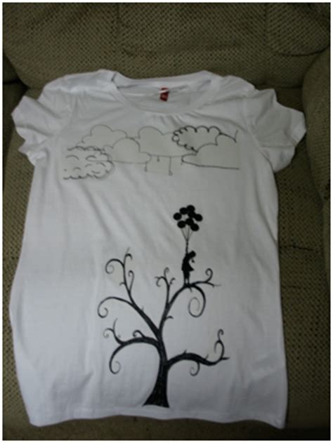 T Shirt Decorating by Decorate A T Shirt Craft