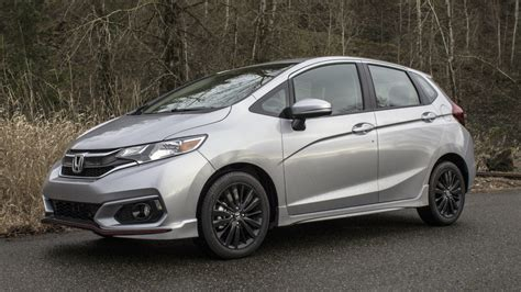 new honda fit 2018 2018 honda fit sport review and driving impressions autoblog