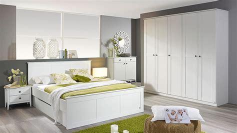 schlafzimmer 1 rosenheim bett schrank nachttisch in wei 223